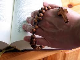 prier le chapelet