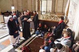 5 Le père François, les 2 soeurs et les enfants